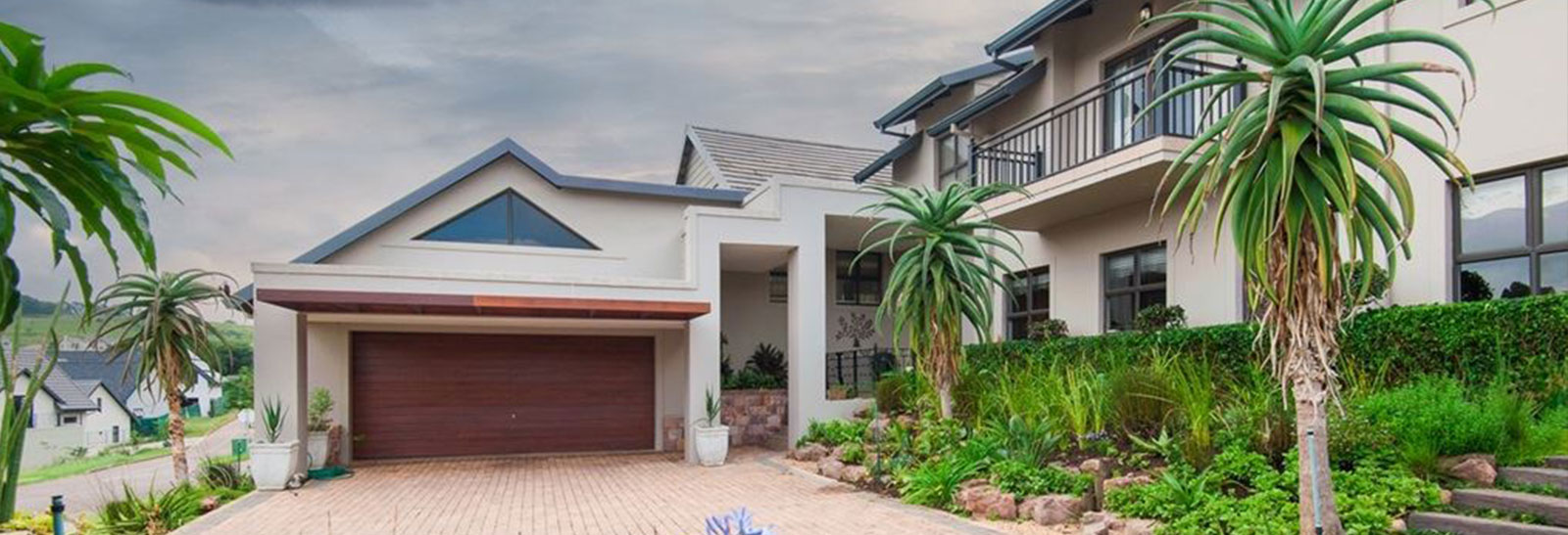 PIXIEG ESTATES | PROPERTIES IN KLOOF slide