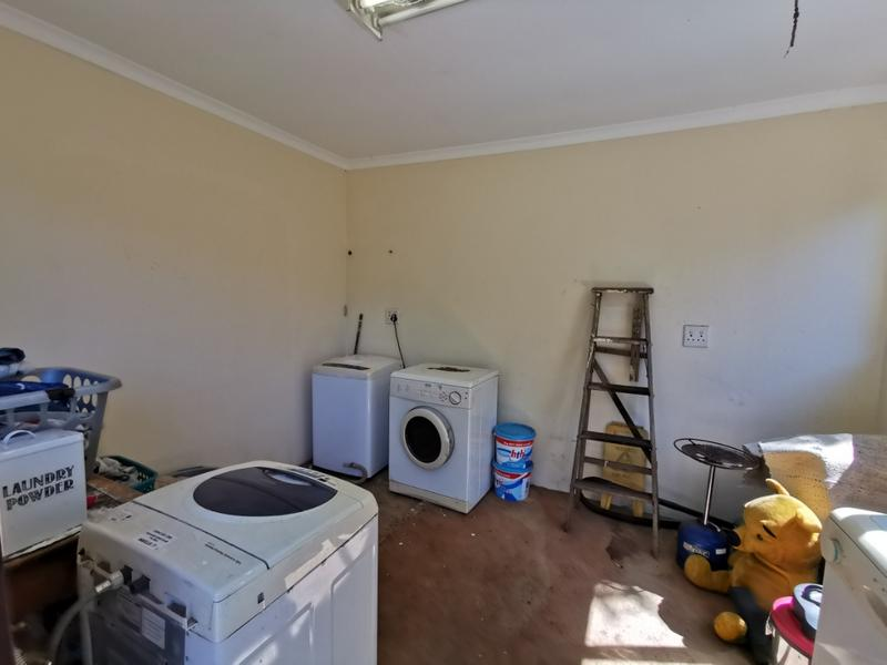 Property For Sale in Waterfall, Kloof 18