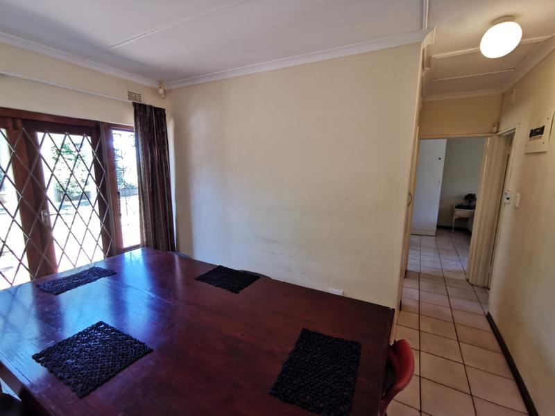 Property For Sale in Waterfall, Kloof 11