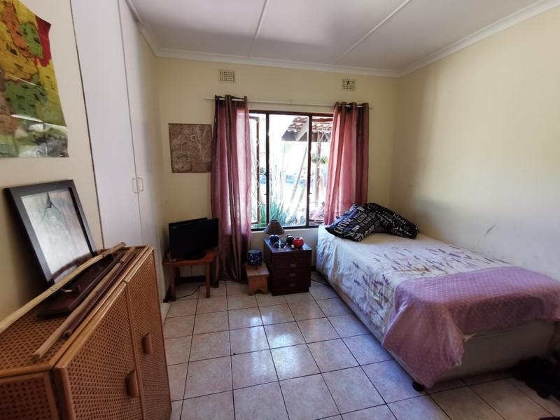 Property For Sale in Waterfall, Kloof 14