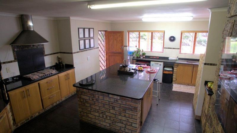 Property For Sale in Forest Hills, Pinetown 10