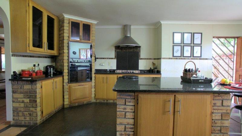 Property For Sale in Forest Hills, Pinetown 11