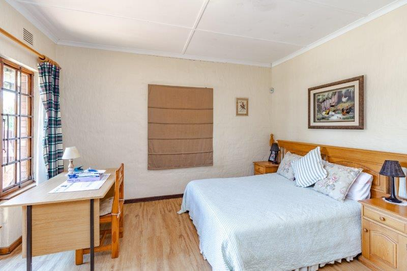 Property For Sale in Kloof, Kloof 11