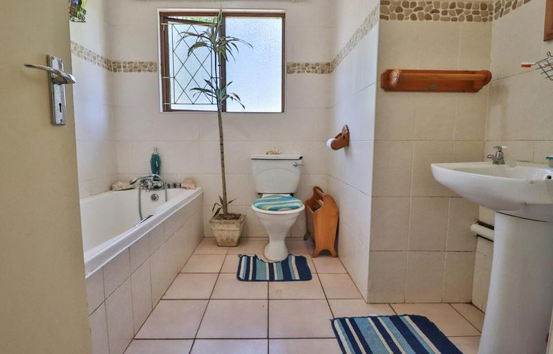 Property For Sale in Waterfall, Kloof 10