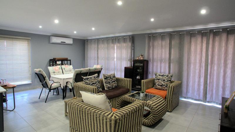 Property For Sale in Waterfall, Kloof 12