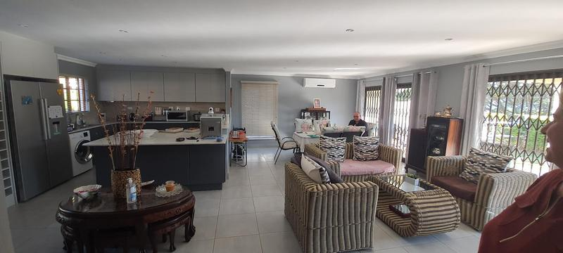 Property For Sale in Waterfall, Kloof 4