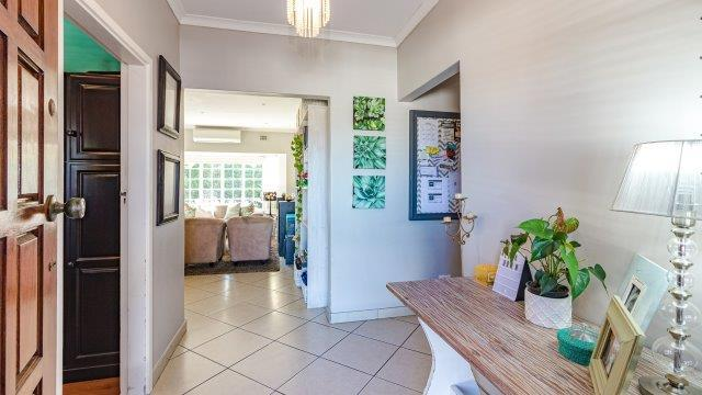 Property For Sale in Gillitts, Kloof 4